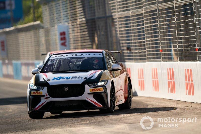 Zhang Yaqi, Jaguar China Racing