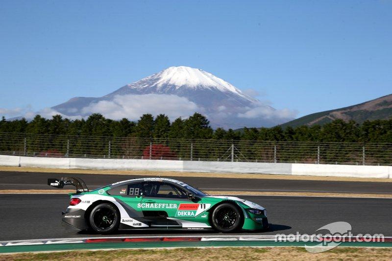 Марко Виттманн за рулем BMW M4 на совместной гонке Super GT и DTM на «Фудзи»