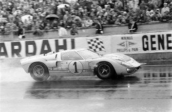 Ken Miles, Denis Hulme, Shelby American Inc., Ford Mk II