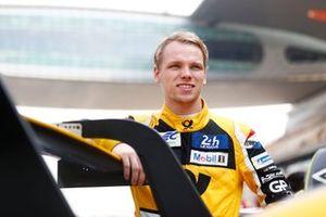 #57 Team Project 1 Porsche 911 RSR: Larry ten Voorde