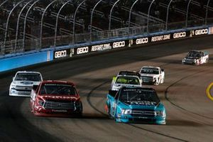 Johnny Sauter, ThorSport Racing, Ford F-150 Tenda Heal and Tanner Gray, DGR-Crosley, Toyota Tundra Honda Generators