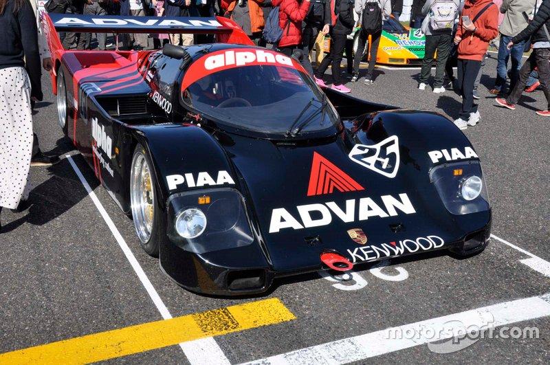 Porsche 962C / ADVAN Alpha NOVA