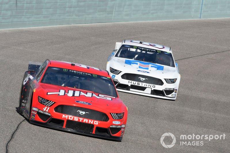 Daniel Suarez, Stewart-Haas Racing, Ford Mustang Haas Automation, Josh Bilicki, Rick Ware Racing, Ford Mustang BANGOR SAVINGS BANK / TRAVIS MILLS FOUNDATION