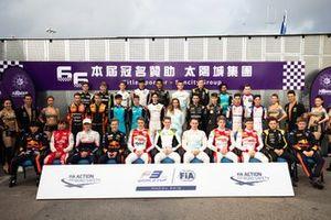 Gruppenfoto: Alle Piloten beim Formel-3-Grand-Prix von Macau 2019