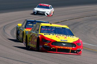 Joey Logano, Team Penske, Ford Mustang Shell Pennzoil, Brad Keselowski, Team Penske, Ford Mustang Alliance Parts