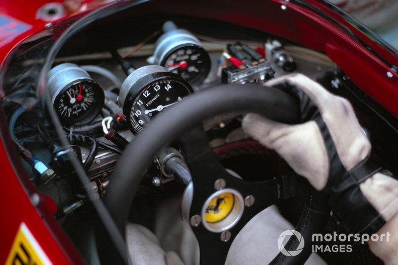 Volante del Ferrari 312B2