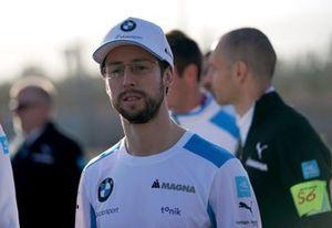 Alexander Sims, BMW I Andretti Motorsports on his trackwalk
