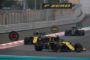 Daniel Ricciardo, Renault F1 Team R.S.19, leads Nico Hulkenberg, Renault F1 Team R.S. 19, and Kevin Magnussen, Haas F1 Team VF-19