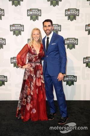 Aric Almirola mit Ehefrau Janice
