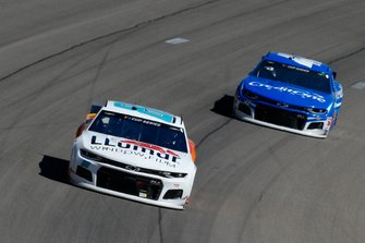 Alex Bowman, Hendrick Motorsports, Chevrolet Camaro LLUMAR and Kyle Larson, Chip Ganassi Racing, Chevrolet Camaro Credit One Bank
