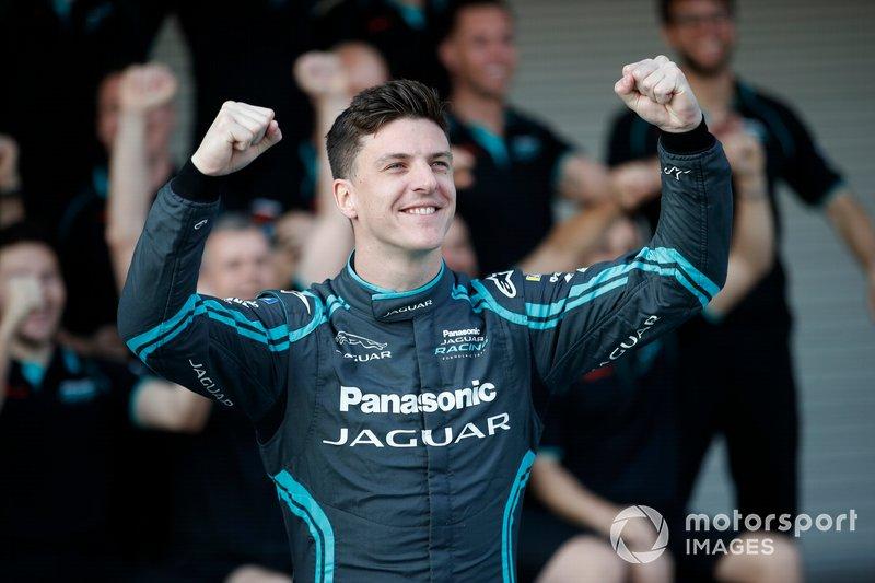 James Calado, Jaguar Racing, Jaguar I-Type 4 poses for a photograph with members of the team