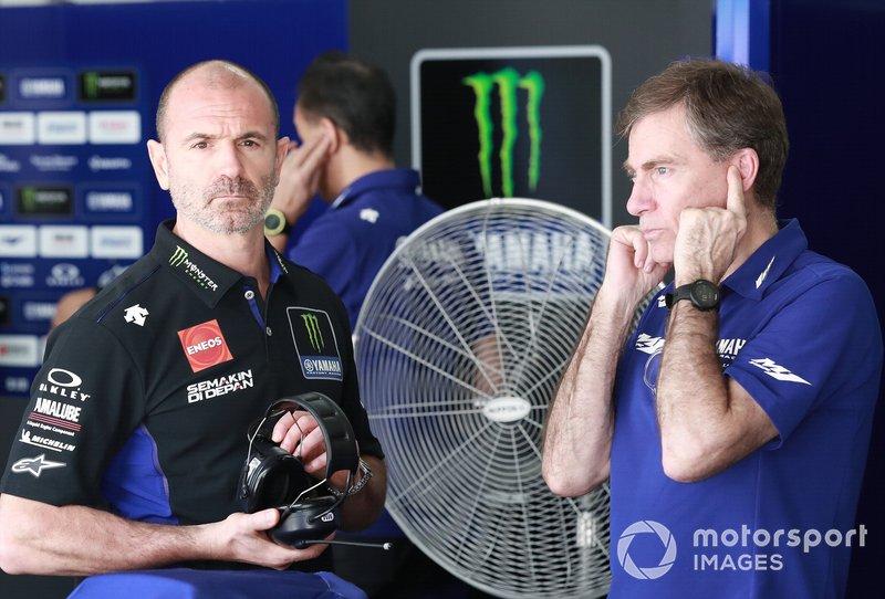 Руководитель Yamaha Factory Racing Массимо Мерегалли и Лин Джарвис