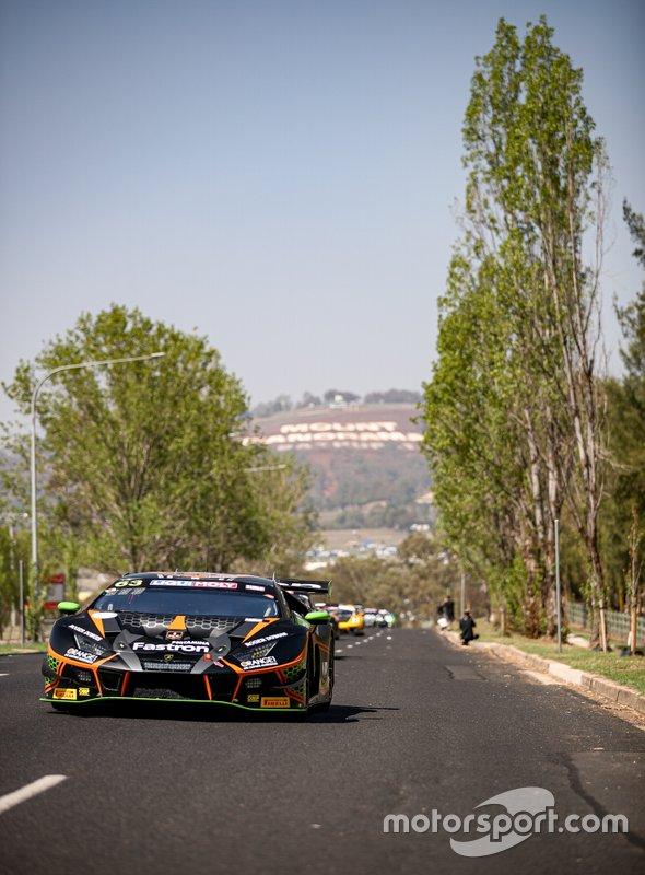 #63 Orange 1 FFF Racing Team Lamborghini Hurracan GT3: Andrea Caldarelli, Marco Mapelli, Dennis Lind