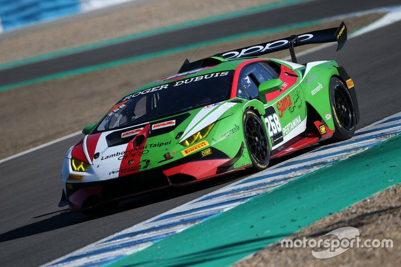 #268 Huracan Super Trofeo Evo, Gama Racing: Yi Fan Chen, Chris van der Drift