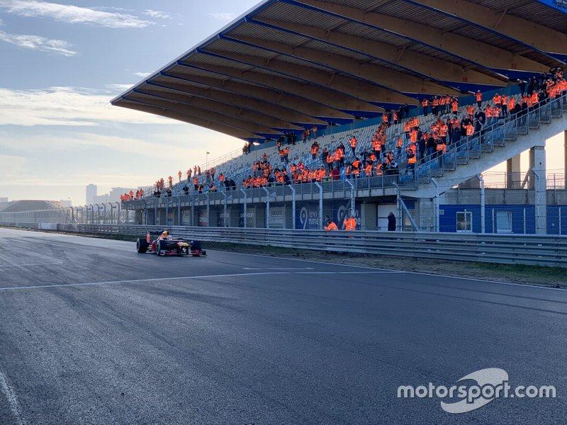Os GPs da Holanda e Espanha também foram postergados.