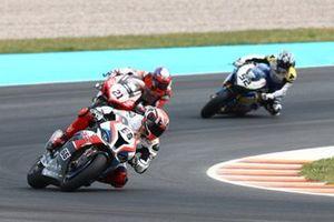 Tom Sykes, BMW Motorrad WorldSBK Team, Michael Ruben Rinaldi, Barni Racing Team