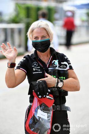 Angela Cullen, fisioterapeuta de Lewis Hamilton