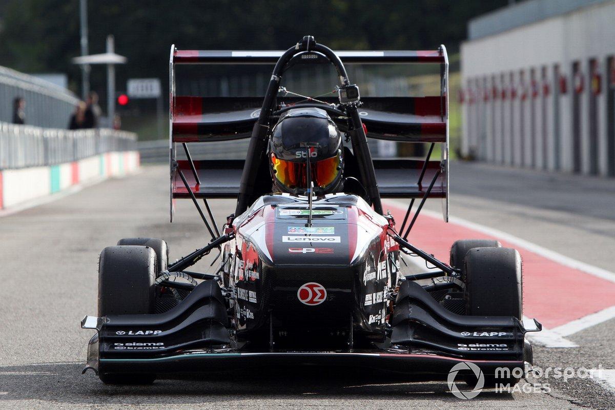 Formula SAE 2021, azione in pista