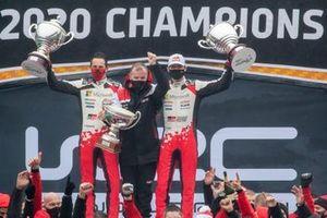 Podium: Sébastien Ogier, Julien Ingrassia, Toyota Gazoo Racing WRT Toyota Yaris WRC, Tommi Makinen, Toyota Gazoo Racing