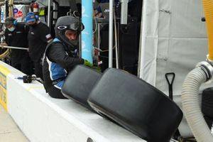 #18 Era Motorsport ORECA LMP2 07: Crew member