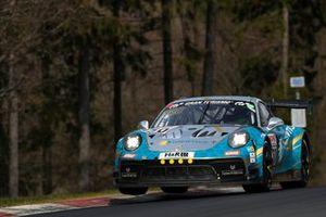 #350 Porsche 991 GT3 Cup MR: Noah Nagelsdiek, Florian Naumann, Hendrik Von Danwitz