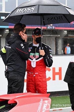 Andre Lotterer, Porsche, on the grid
