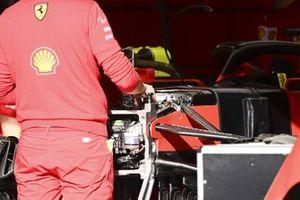 Front suspension of Ferrari SF1000