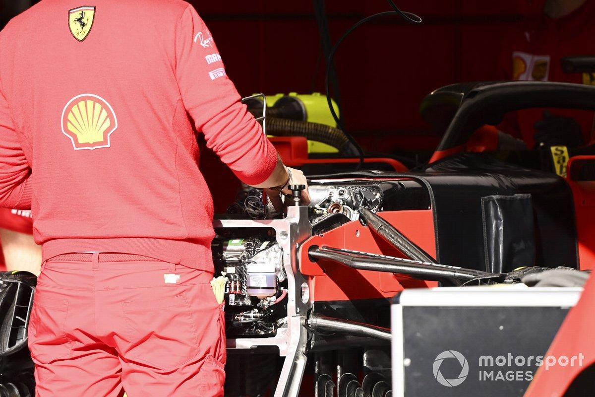 La suspensión frontal del Ferrari SF1000