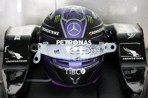 The helmet of Lewis Hamilton, Mercedes