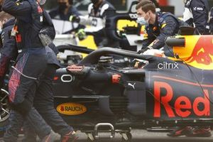 Max Verstappen, Red Bull Racing RB16B, arrives on the grid