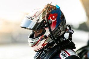 #888 Mercedes-AMG GT3 Evo: Prince Jefri Ibrahim