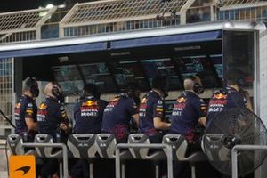 The Red Bull team on the pit wall