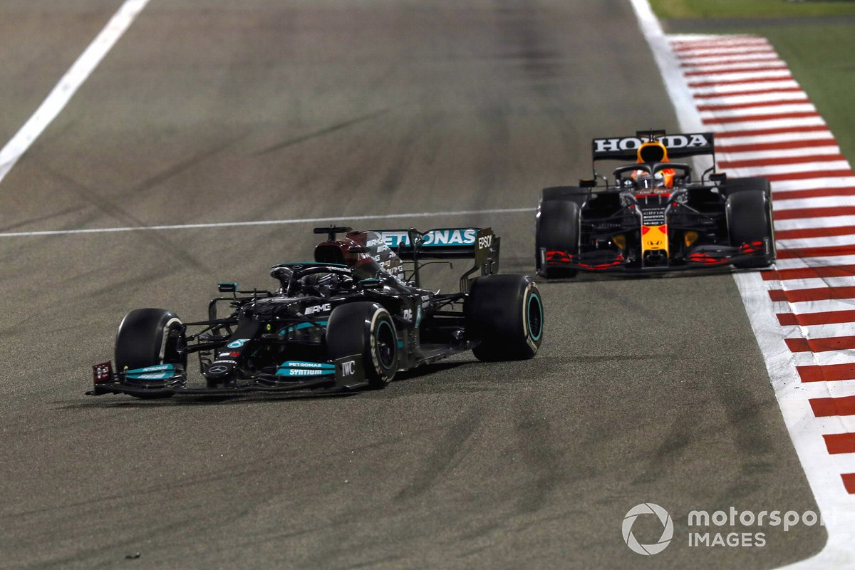 Lewis Hamilton, Mercedes W12 Max Verstappen, Red Bull Racing RB16B