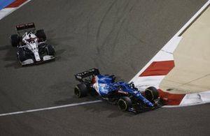 Fernando Alonso, Alpine A521, Kimi Raikkonen, Alfa Romeo Racing C41