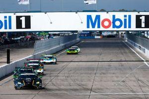 #23 Heart Of Racing Team Aston Martin Vantage GT3, GTD: Ross Gunn, Ian James, Roman de Angelis