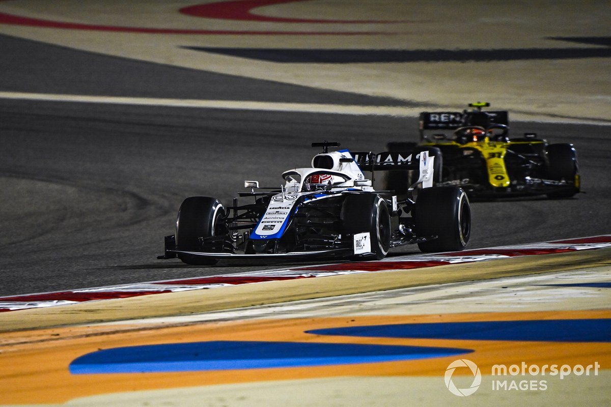 George Russell, Williams FW43, Esteban Ocon, Renault F1 Team R.S.20