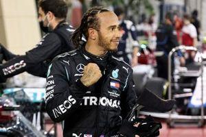 Lewis Hamilton, Mercedes-AMG F1, 1st position, in Parc Ferme
