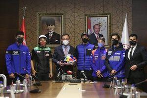 Muharrem Kasapoğlu ve Milli sürücüler