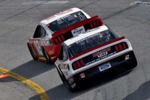 Ryan Blaney, Team Penske, Ford Mustang Menards/Pennzoil, Brad Keselowski, Team Penske, Ford Mustang Discount Tire
