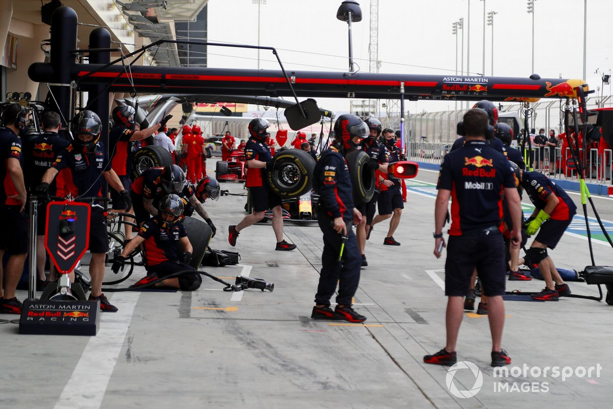 Parada en boxes de Red Bull