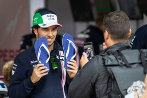 Sergio Perez, Racing Point Force India with flip flops
