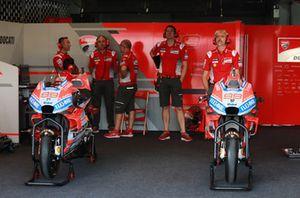 Le Ducati di Jorge Lorenzo nel garage