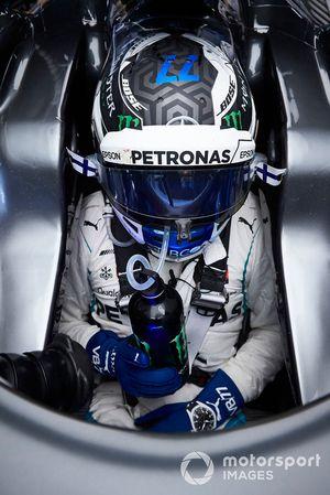 Valtteri Bottas, Mercedes AMG F1, dans son cockpit