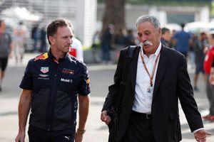 كريستيان هورنر، مدير فريق ريد بُل ريسينغ وتشايس كاري، الرئيس التنفيذي لمجلس إدارة مجموعة الفورمولا واحد
