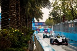 Oliver Rowland, Nissan e.Dams, Nissan IMO1 Mitch Evans, Panasonic Jaguar Racing, Jaguar I-Type 3