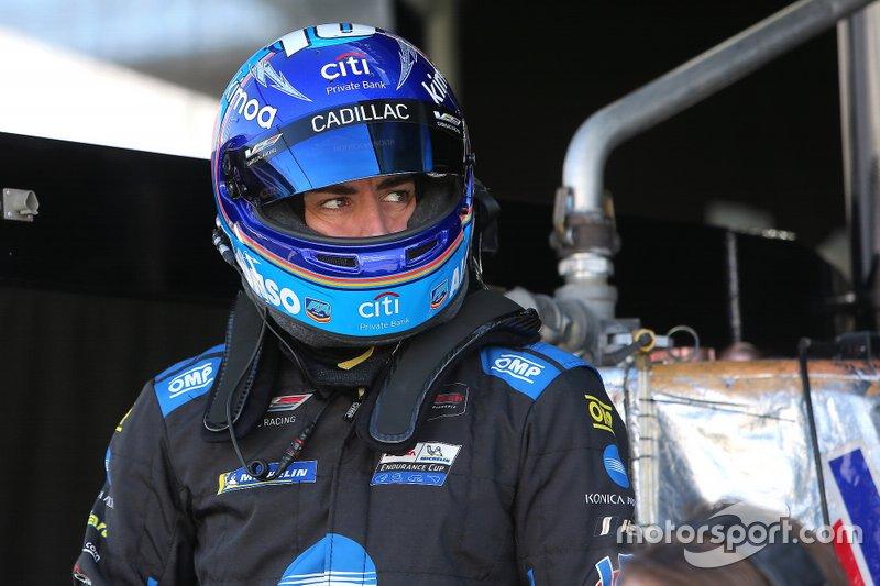 #10 Konica Minolta Cadillac DPi-V.R. Cadillac DPi, DPi: Fernando Alonso