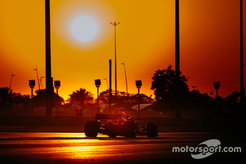 Sunset qualifying action