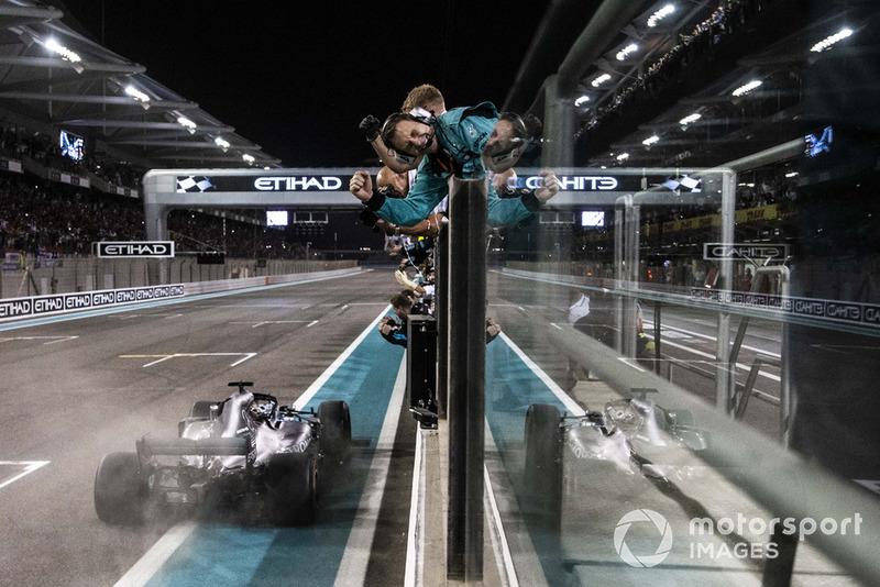 2018 - Lewis Hamilton fecha o ano com vitória em Abu Dhabi