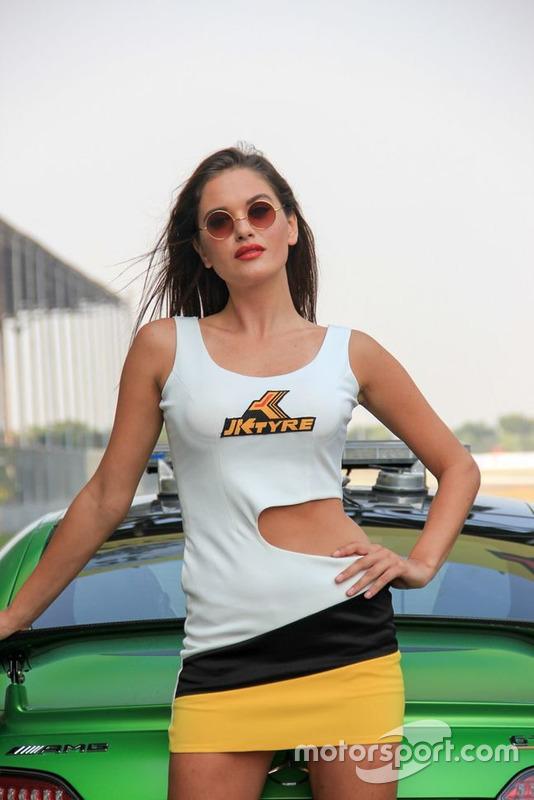 Грід-гьол і автомобіль безпеки