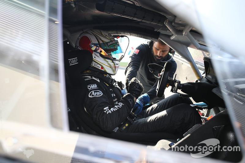 #46 VS Racing: Takashi Kasai
